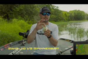 1Source Video: When do You Throw a Spinnerbait Over a Swim Jig Jason Christie?